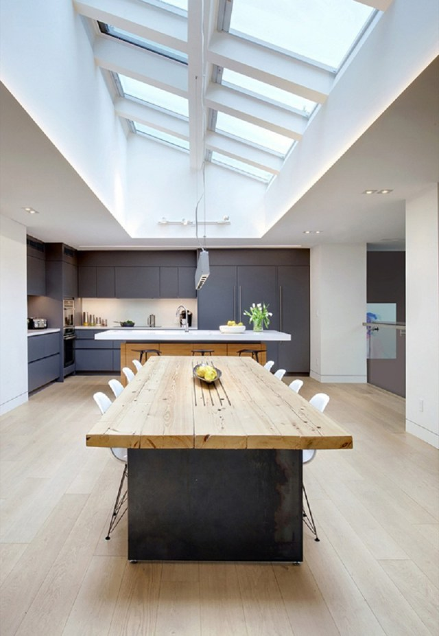 Home-design-with-a-focus-on-music-and-entertainment-3