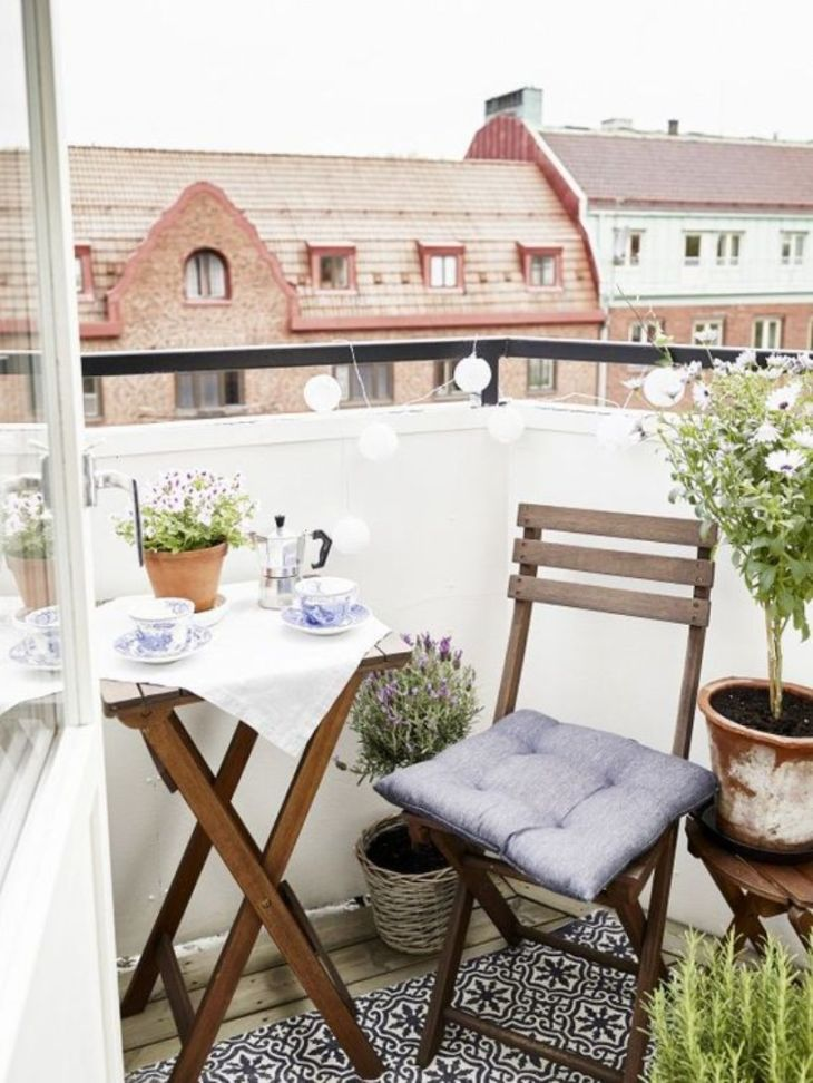 Scandi-breakfast-nook