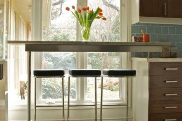 Low-window-with-a-breakfast-bar