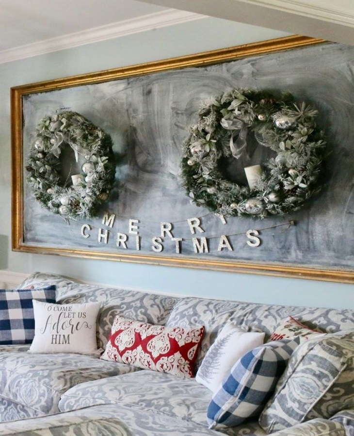 Christmas chalkboard living room Sophisticated Christmas Living Room Decoration Ideas To Invite More Holiday Spirit