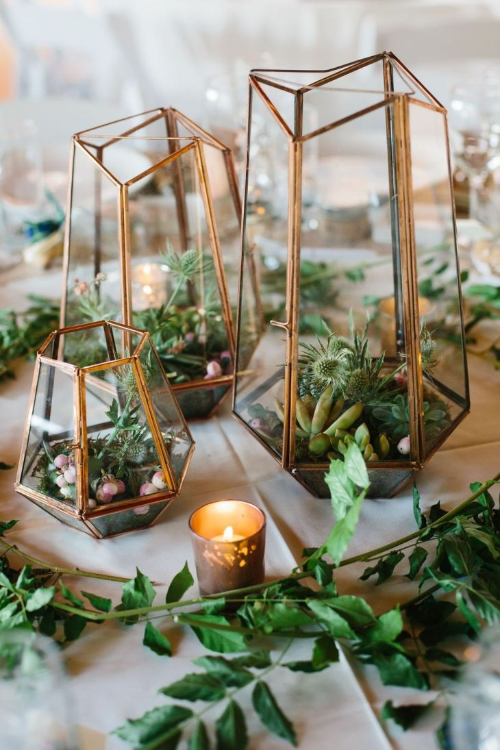 Living terrarium centerpiece Perfectly Impressive Winter Rustic Centerpieces Where Your Guest Can Not Deny