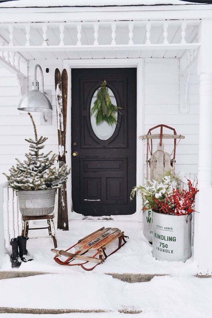 Wintertime porch décor Beating The Winter Blues With These Cozy Decorating Ideas That Is Easy To Be Applied