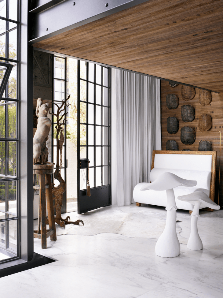 White Color Room And Decoration Ideas To Create Gorgeous And Luxurious Scenery In Your House.