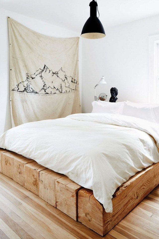 Wall Decoration That Will Make Your Bedroom Feel Refresh And Make You Want To Stay On Your Bed Forever