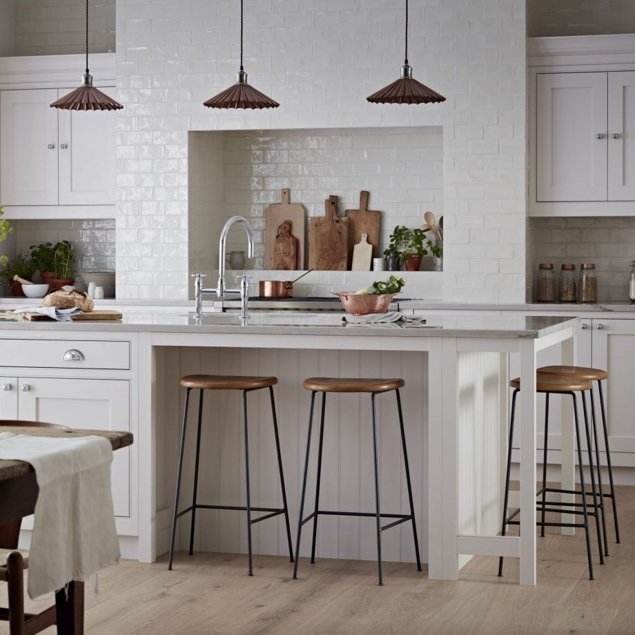 All in white Upgrading The Latest Rustic Designs That Perfect For Rural And Urban Home Setting