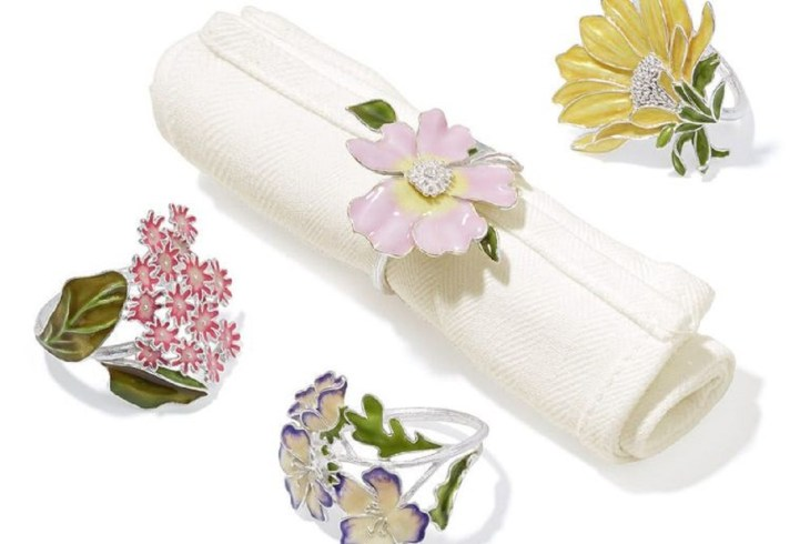 Wildflowers napkin rings Incomparable Easter Home Decoration Ideas That Everyone Will Love This Spring
