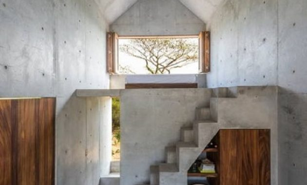This beautiful tiny concrete house is the perfect escape to enjoy the views around 4