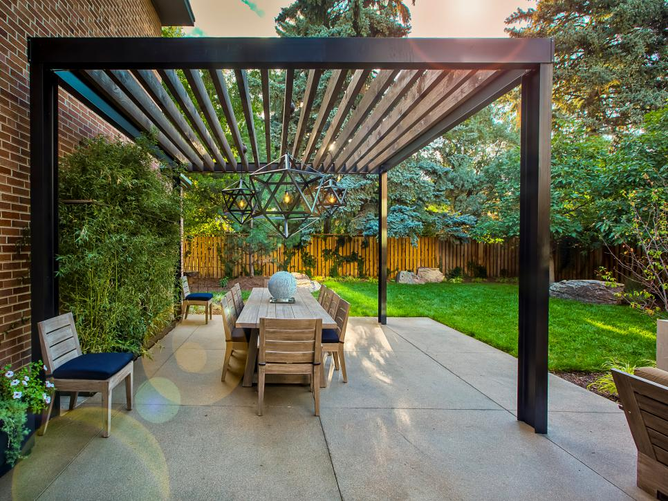 15 Beautiful Backyard Pergola Design Ideas