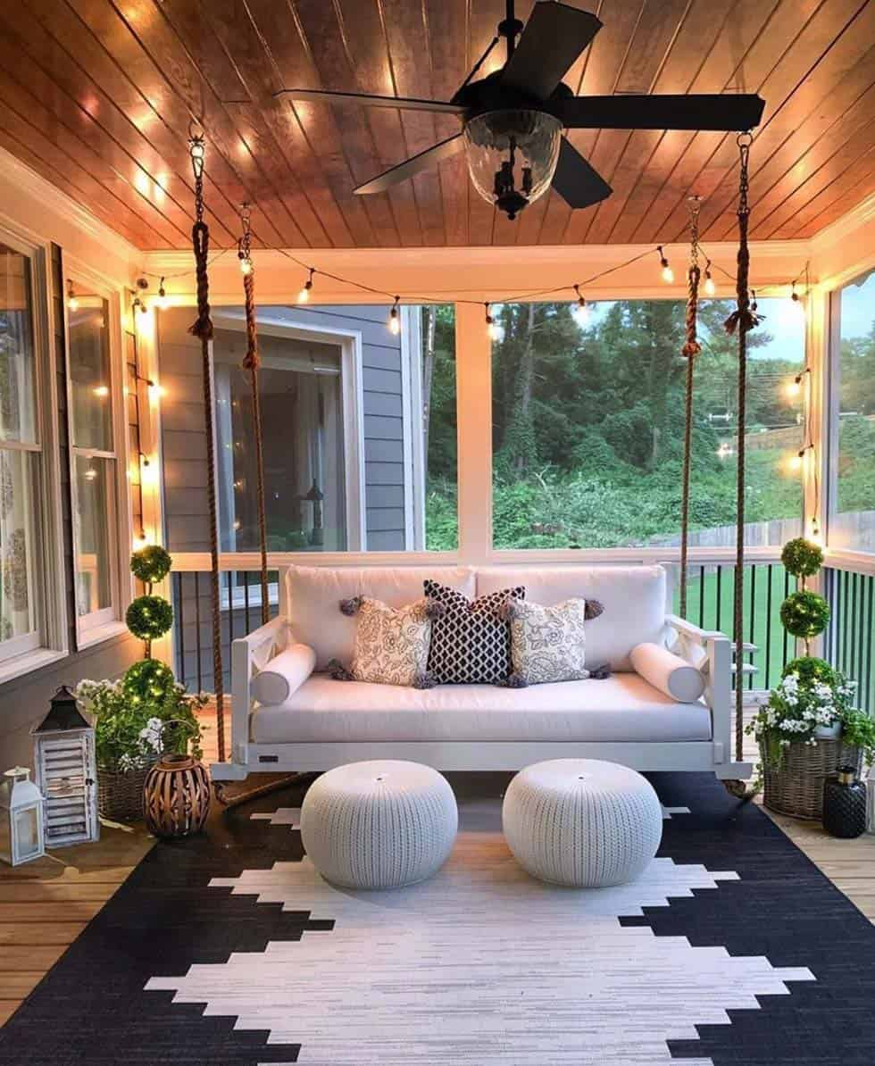 Cozy Front Porch Decorating Ideas to Get a Relaxed Feel