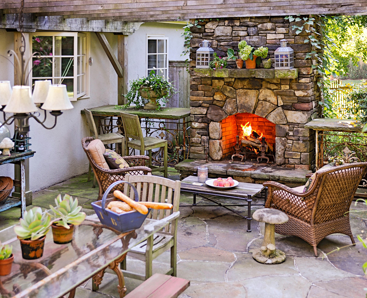 10 Easy Ways To Decorate Your Patio
