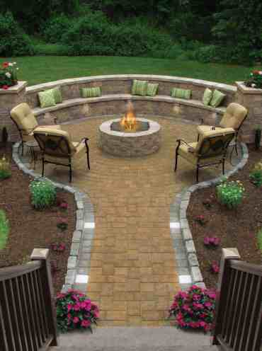 Inspiring-backyard-fire-pit-ideas-11-1-kindesign