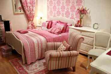 Pink-master-bedroom-june162019-23-min