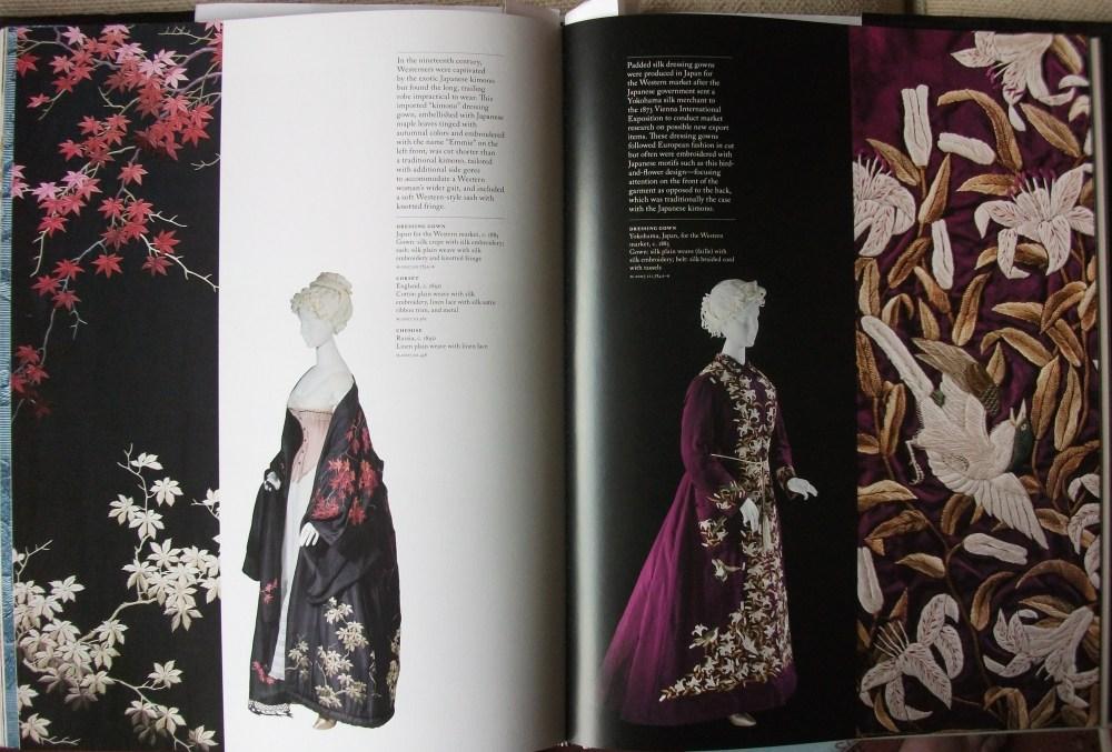 Fashioning Fashion - European Dress in Detail 1700-1915 (5/5)