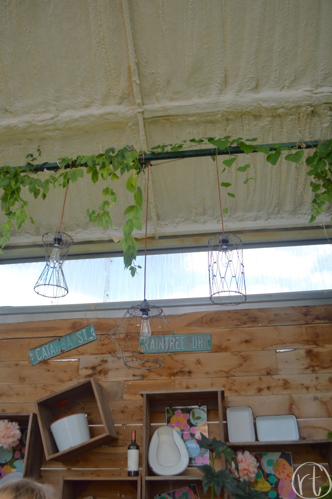 helmis-garden-plants-columbia-missouri-como-rustic-travel