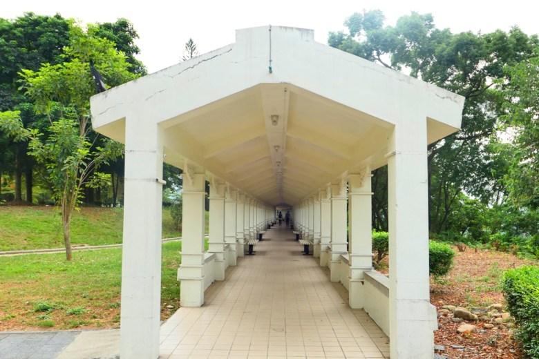 白色迴廊出口 | 白色夢幻 | 竹山神社遺跡 | 竹山 | 南投 | 臺灣 | 巡日旅行攝