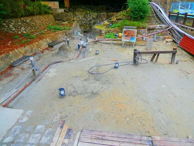 關子嶺目前出水量最大的溫泉出水口 | 泥漿溫泉源頭 | 關子嶺溫泉源頭 | 臺南 | 巡日旅行攝