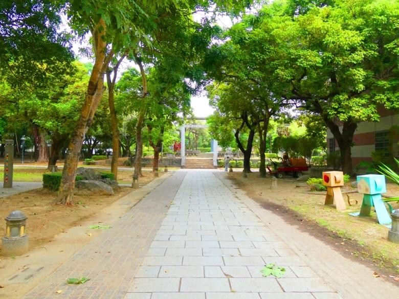 東石神社參道 | 第二鳥居 | 清幽自然 | 朴子藝術公園內 | 東石神社 | 巡日旅行攝