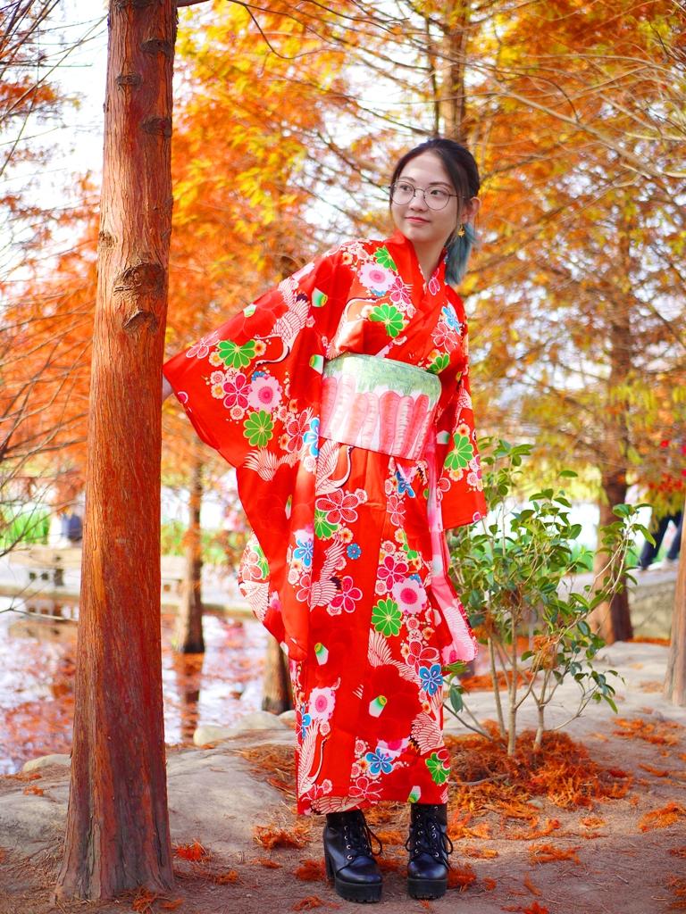 秋冬的顏色 | 紅葉 | 紅色 | 和服 | 網美景點 | 和風 | Taian | Miaoli | RoundtripJp