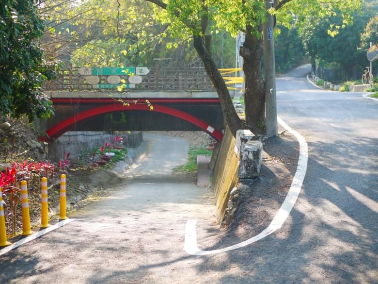 景觀橋下方進入 | 原健康步道路線 | 現改為撼龍步道 | 漳和 | 南投 | Zhang Heli Dragon Trail | 巡日旅行攝