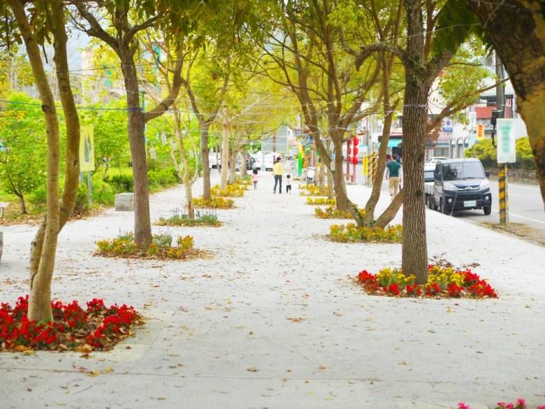 石馬公園旁人行道 | 綠色步道 | 美麗花卉 | 櫻花公園 | 日式公園 | 巡日旅行攝