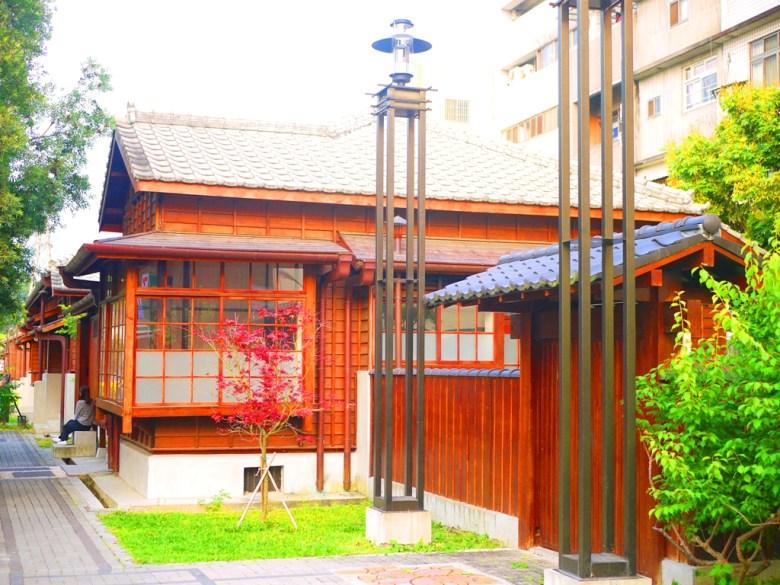 綿延不絕的日式建築 | 濃濃日本味 | 紅葉之美 | 春天的楓紅 |ドンシー | タイジョン | RoundtripJp