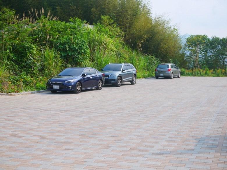 烏嘎彥竹林前免費停車場 | 畫面上方為烏嘎彥竹林入口 | 泰安 | 苗栗 | 和風巡禮 | RoundtripJp