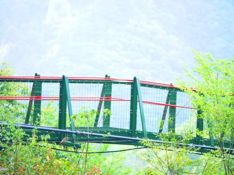 奧萬大吊橋與群山 | 奧萬大國家森林遊樂區 | レンアイ | ナントウ | 巡日旅行攝