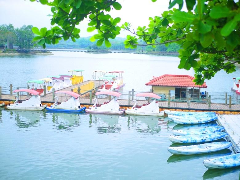天鵝船 | 獨木舟 | 第一碼頭 | 搭遊覽船遊湖 | 虎頭埤風景區內 | 新化 | 台南 | 巡日旅行攝