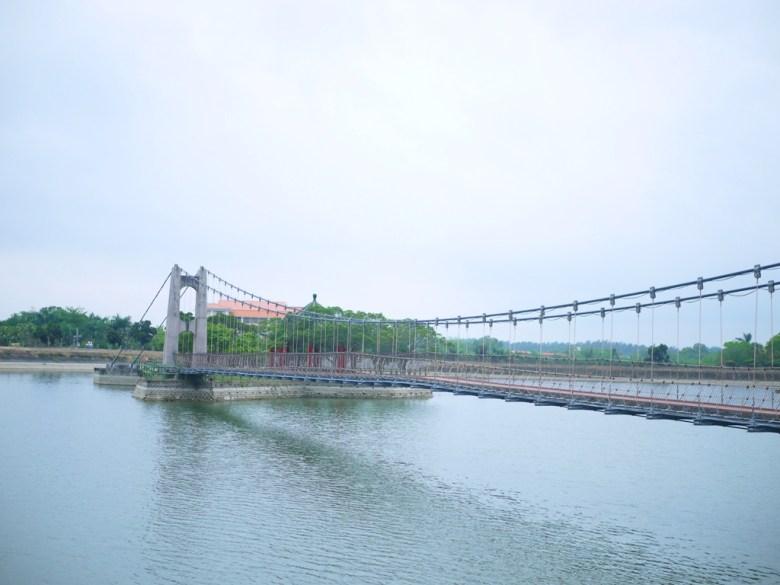 絕美虎月吊橋 | Huyue Suspension Bridge | 臺灣旅人 | 虎頭埤風景區內 | 新化 | 台南 | 巡日旅行攝
