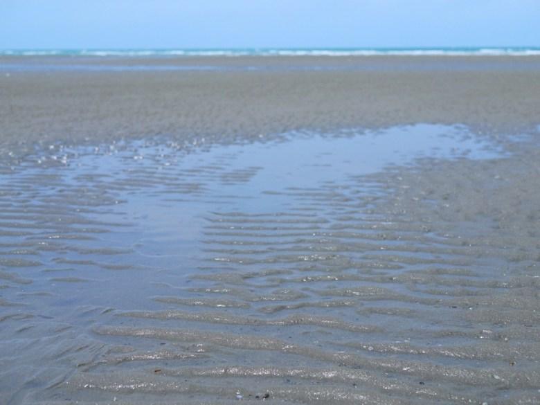 舒服的沙灘   藍海與沙灘   苑港觀光漁港秘境海灘   ユエンリー   ミアオリー   RoundtripJp