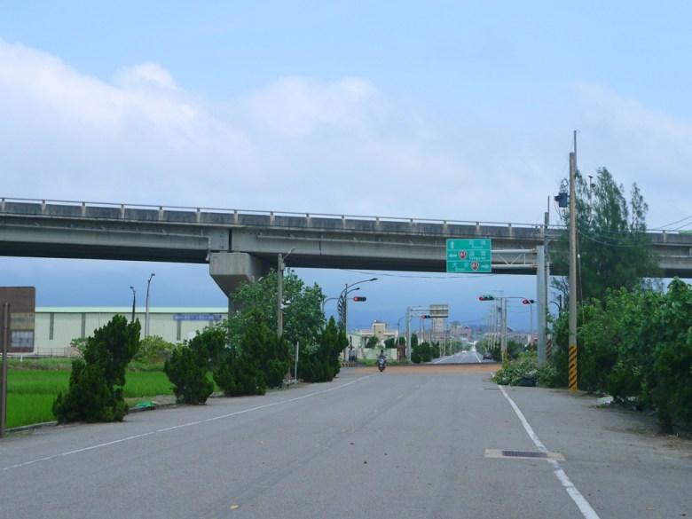 最美公路台61線   濱海小鎮苑裡   自然感   台灣傳統建築   台灣旅人   ユエンリー   ミアオリー   RoundtripJp