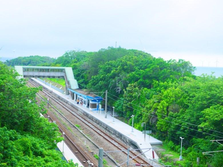 從崎頂觀景台鳥瞰崎頂車站 | Gi Ding View Platform | チーディン | ジューナン | ミアオリー | RoundtripJp