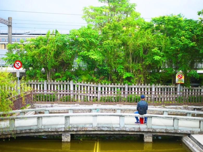 鐵路   月台   石橋   池塘   綠意盎然   台灣旅人   日式驛長宿舍園區   ザオチアオ   ミアオリー   巡日旅行攝