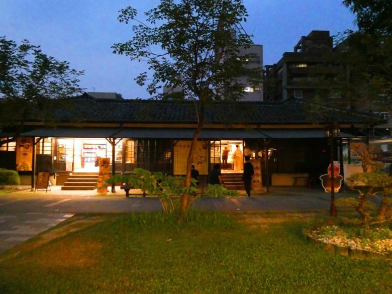 夜晚點燈的檜意森活村   日本古屋的氛圍   日式建築   とう-く   かぎし   巡日旅行攝
