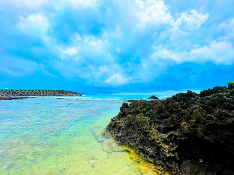 珊瑚礁 | 清澈的海水 | 藍藍的青空 | ホンチュン | ピンドンけん | Hengchun | Pingtung | 和風臺灣 | 巡日旅行攝 | RoundtripJp