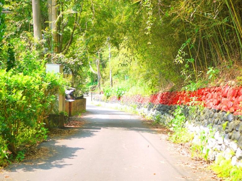 狹小而秘境的道路 | 象鼻村 | 部落景點 | タイアン | たいあん | ミアオリー | Wafu Taiwan | 巡日旅行攝 | RoundtripJp