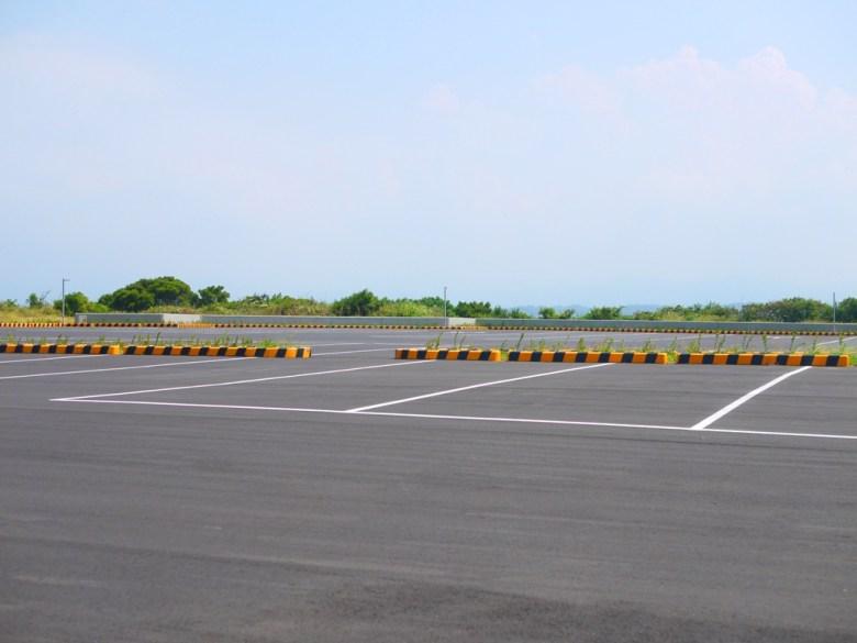 苗33線轉上來第一個停車場   停車空間廣闊   免費停車   距離好望角比較遠一點     ホウロン   こうりゅう   ミアオリーミアオリー   Wafu Taiwan   巡日旅行攝   RoundtripJp