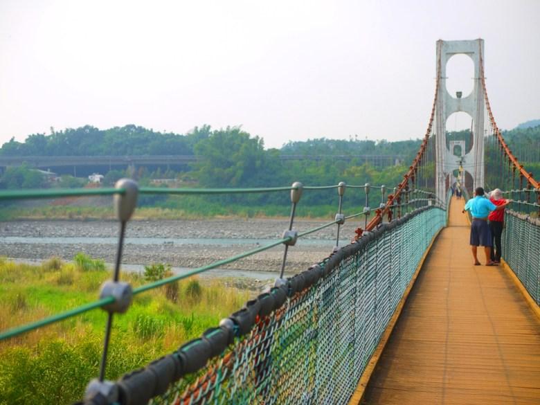 台灣旅人 | 本吊橋限載7人 | 超長的跨越距離充滿著刺激感 | 全長360公尺 | Caotun | Nantou | Wafu Taiwan | 巡日旅行攝 | RoundtripJp