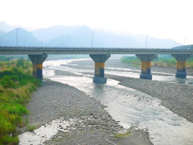 從雙十吊橋眺望雙冬橋 | 草屯 | 南投 | 鄉下 | Caotun | Nantou | Wafu Taiwan | 巡日旅行攝 | RoundtripJp