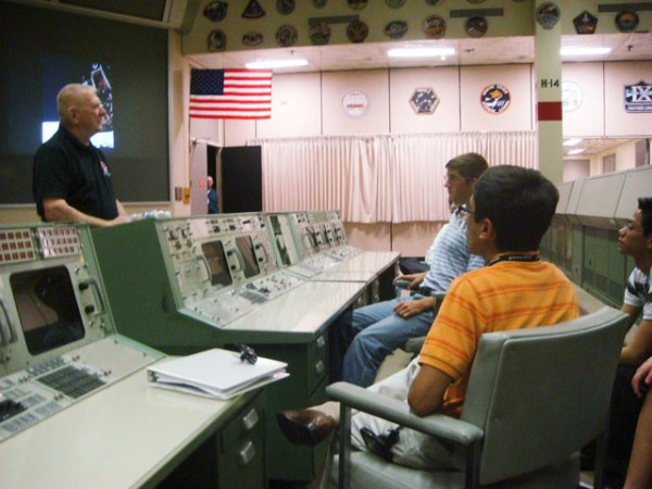 JSC Features Legend Kranz recreates history for NASAs