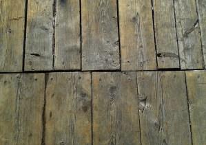 Reparar el suelo de madera