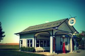 Old filling station near Dwight, IL