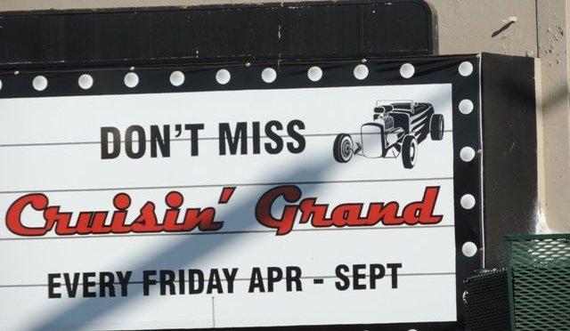 Cruisin' Grand Car Show in Escondido