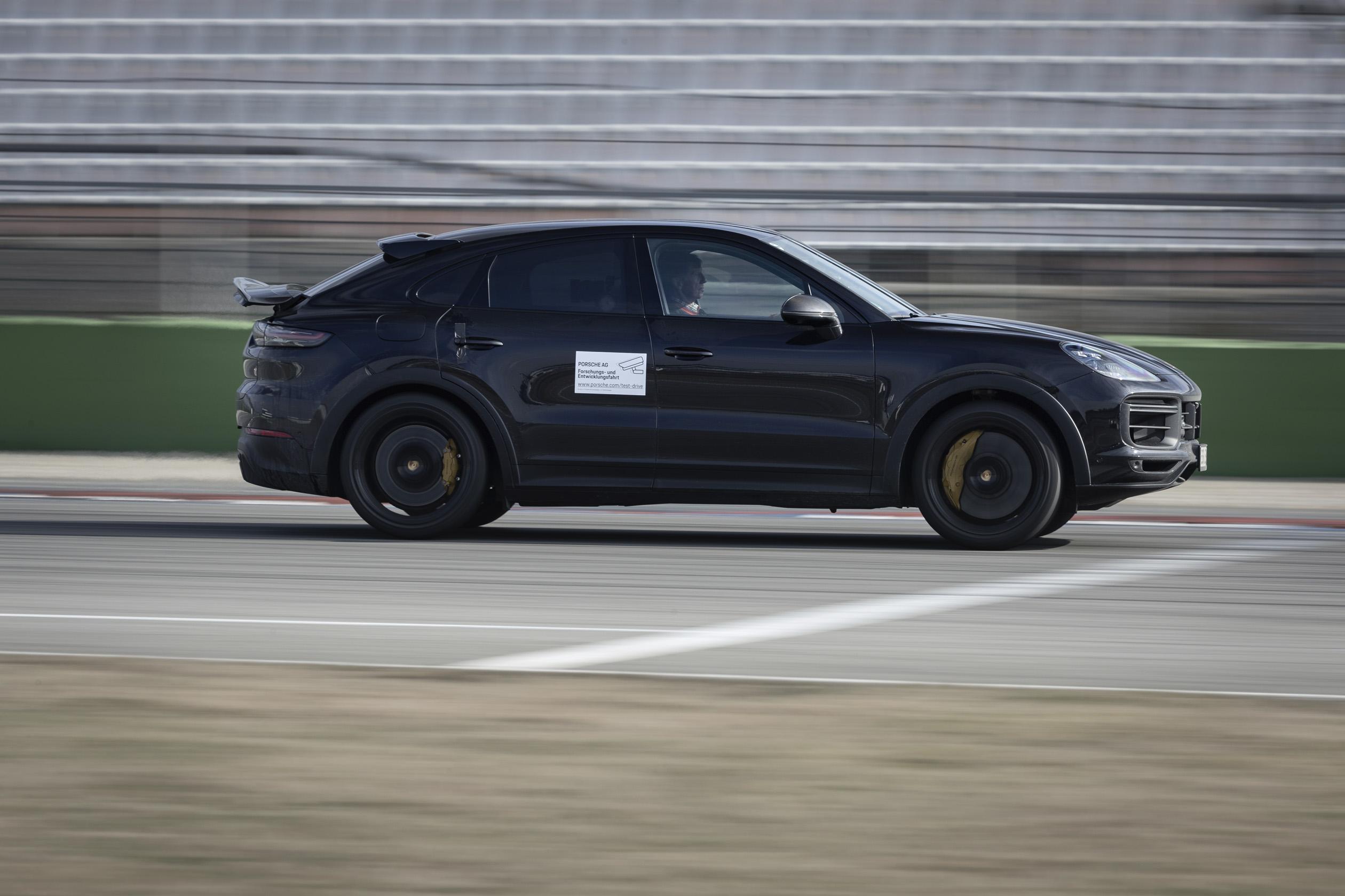Porsche's developing a new, Lamborghini Urus beating Cayenne Super-SUV?