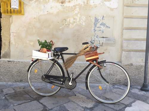 Bicycle on a Lecce side street