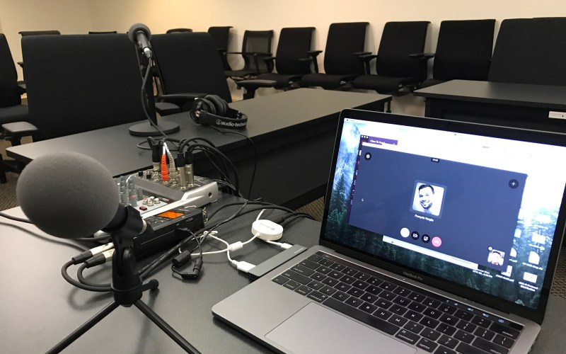 Mobile podcast setup kit