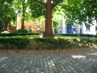 An escape from the bustle of the London West End in Marylebone church yard