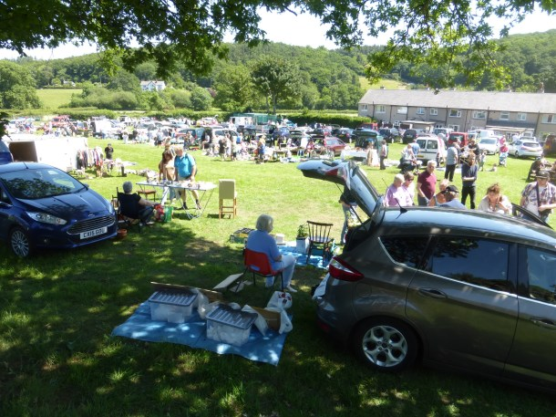 Rowen Car Boot Sale