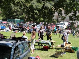 rowen car boot sales 4