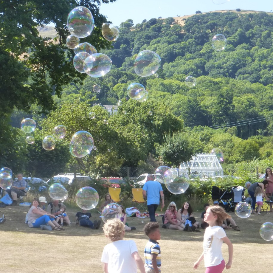 Giant bubbles at Rowen Carnival 2018
